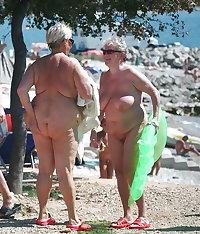 Amateur grandmas mature