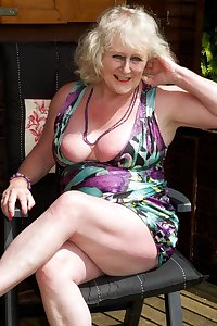 Summers here at last so time to relax in the Garden heres a few Pics of me flashing in my Summer House.Clairexxx