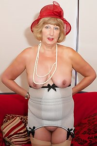 Hi Guys Time to Strip off and play Im wearing my Red dress and of course my matching Red Hat but under my dress I hav