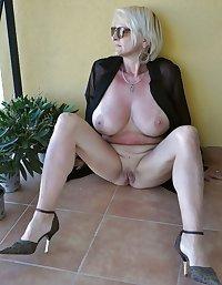 Granny amatuer porn, photo set 12