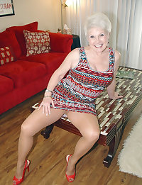 Old lady gets nailed hard, pictures sets 19