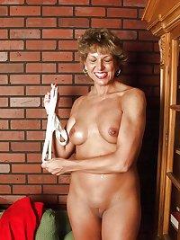Grannies matures milf housewives amateurs 76