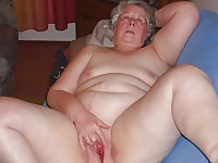 SEXY GRANNIES LIKE TO SHOW THEIR BITS
