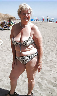 Sexy mature grannies on beach! Amateur mixed!