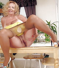 MATURE AND GRANNIES 145