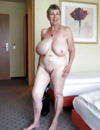 Mature Hot Big tits (Mix) 3