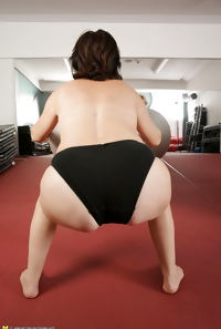 Naked Mature Mothers do Naked Exercises at Gym PART 1