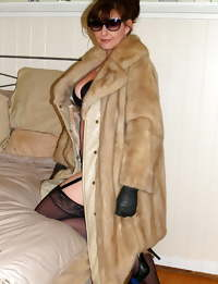 Sexy Busty Mature Milf Lisa, Leather,Fur Coats, & Stockings