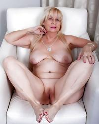 Mature & Granny mix 4