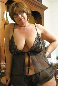 sexy Grandmas A5