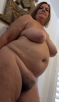 This horny housewife really is in the mood for hard fucking