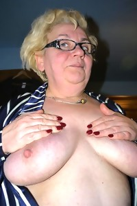 These two granny sluts love to share cock and cum