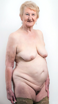 This dude fucks a chubby granny slut