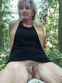 This horny MILF really loves a good hard cock