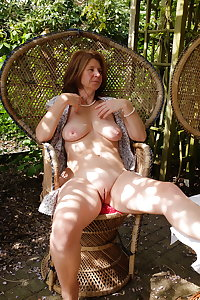 Matures, wives, milfs and grannies 158