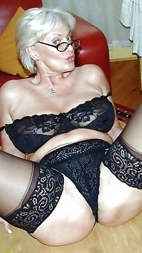 Just catch a horny Granny (106)