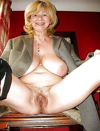 Hot Older Women 8