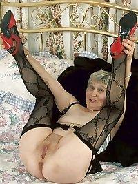 Horny Grannies In Stockings 26