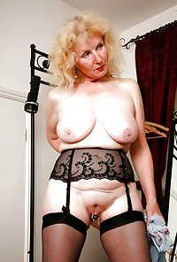 Horny Grannies In Stockings 19
