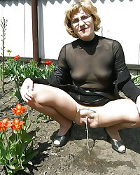 Grannies matures and milfs upskirt 43