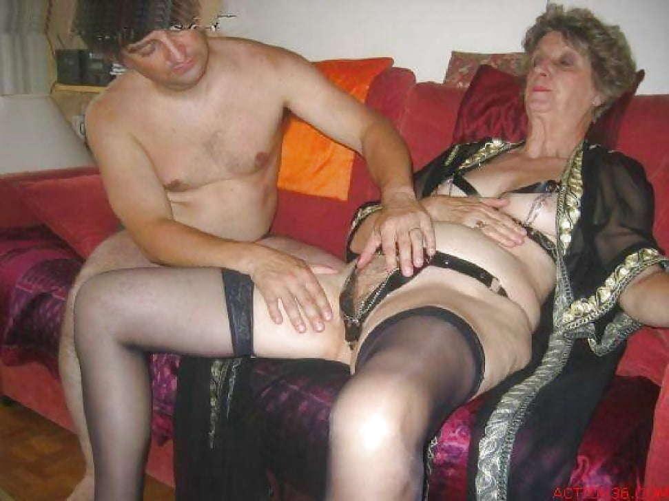 секс знакомства в одессе с пожилыми женщинами